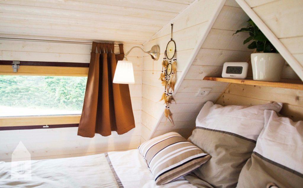 mezzanine tiny house laetitia