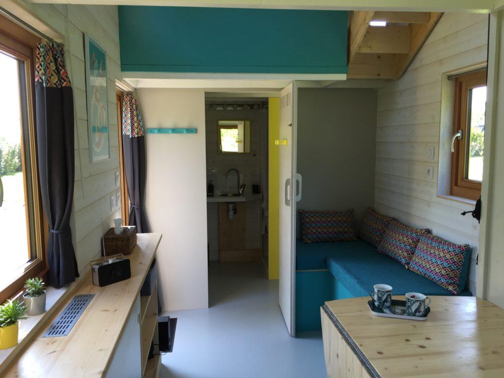 coin salon tiny house