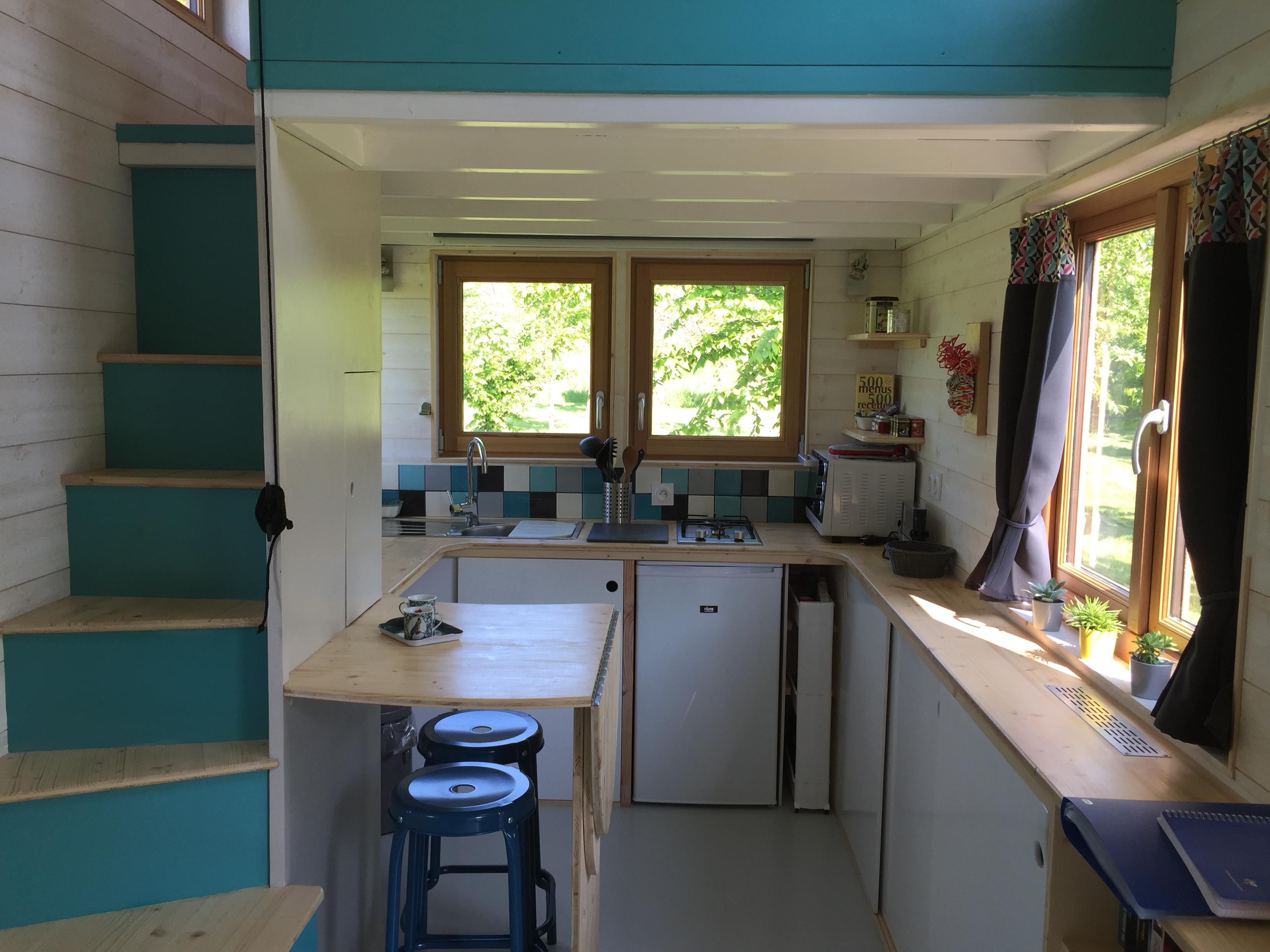 Chambres Noir : Témoignage une famille de quatre teste la vie en tiny house