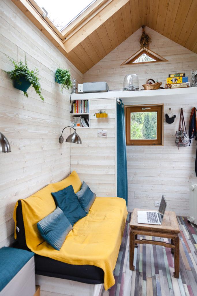 tiny-house-vendre-savoie-salon-4