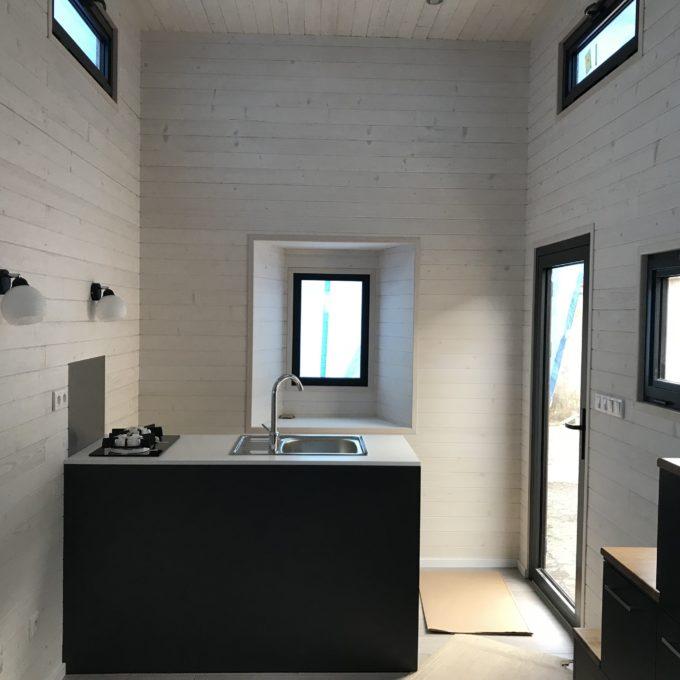 vendre tiny house neuve en belgique collectif tiny house. Black Bedroom Furniture Sets. Home Design Ideas