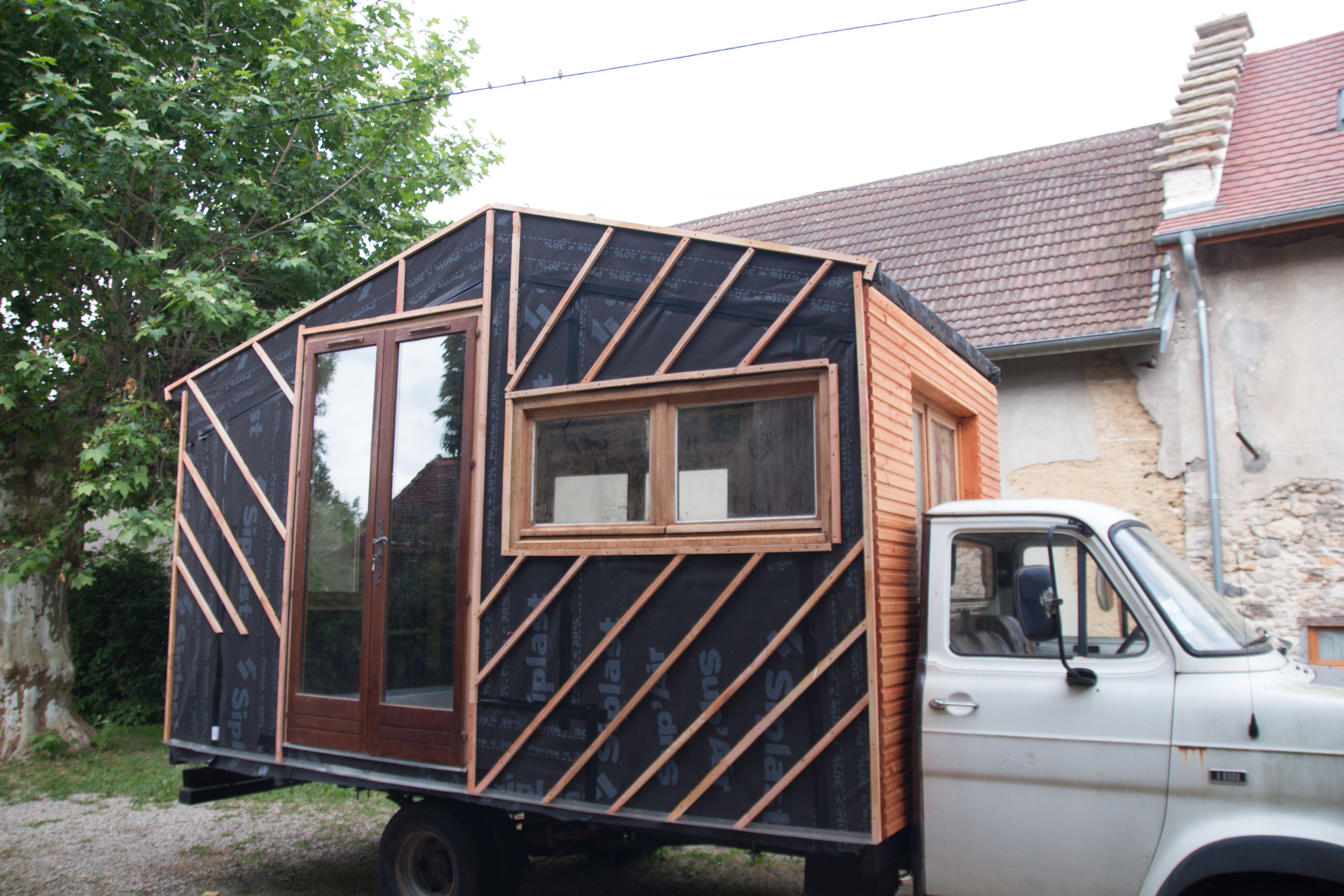 vendre tiny house fixe en loire atlantique collectif tiny house. Black Bedroom Furniture Sets. Home Design Ideas