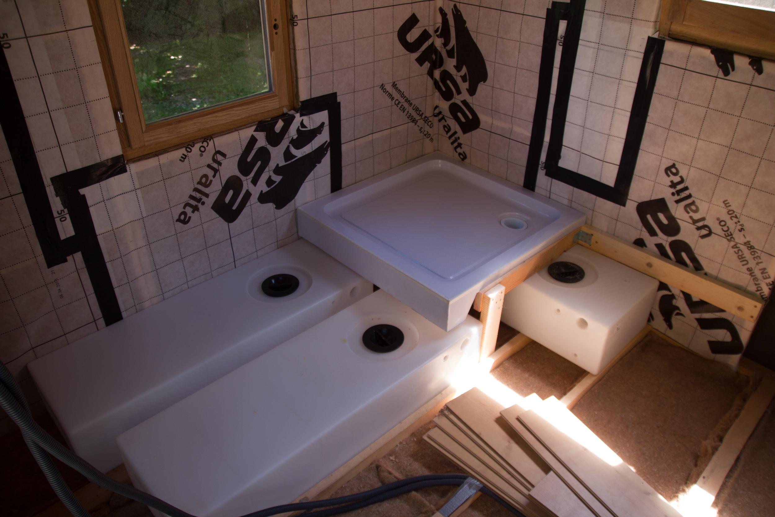 réserves eau sous douche