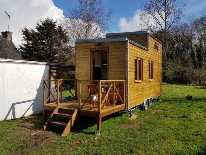 vendre tiny house neuve pro en c tes d 39 armor avec terrasse. Black Bedroom Furniture Sets. Home Design Ideas